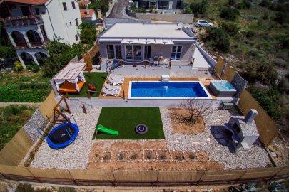 Villa Hedonist