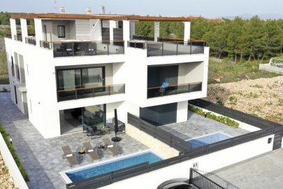 Villa Afrodita Srima
