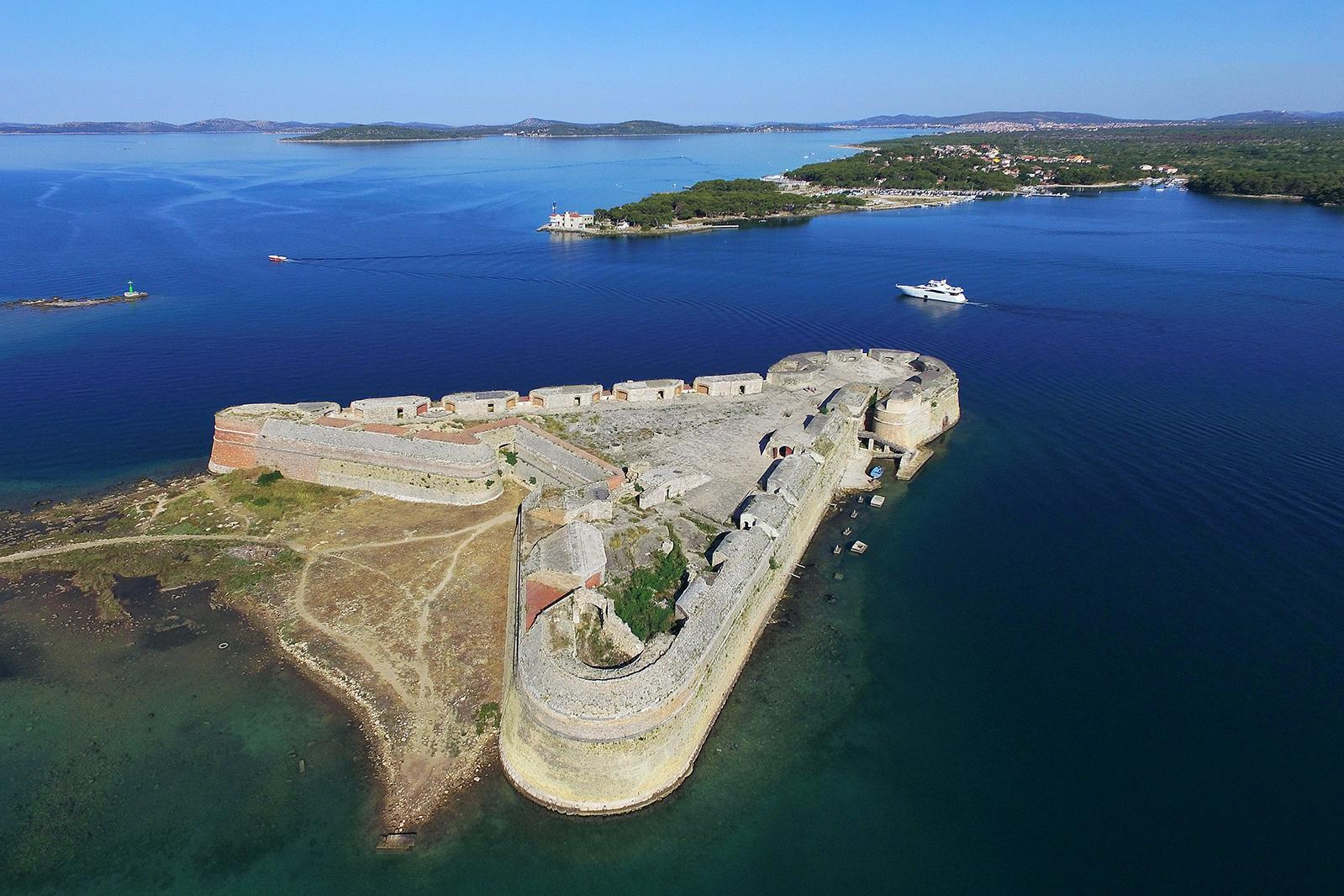 St. Nicholas Fortress Šibenik: Guarding the city at the enterance to St. Anthony's channel