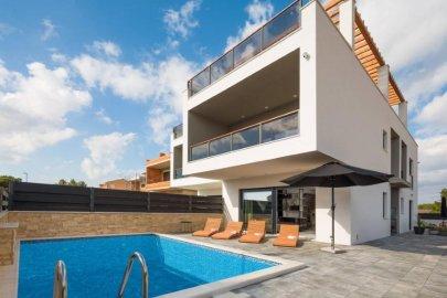 Luxury villa in Srima near Vodice