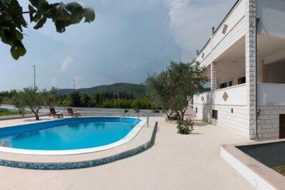Countryside villa near Trogir