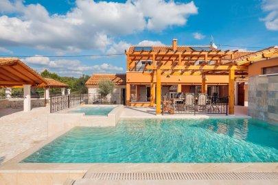 Luxury Villas Skradin