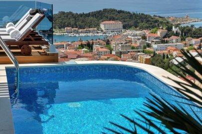 Luxury Villa Afrodita Makarska