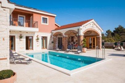 Villa Mediterranean Paradise